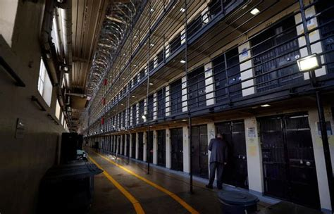 San Quentin guard attacked by California death row inmate