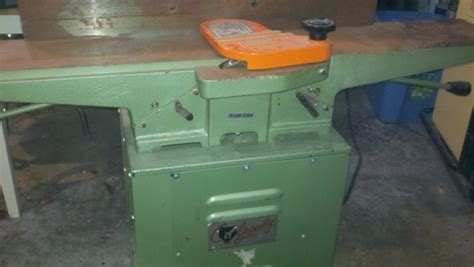 """History of a Vintage Grizzly 6"""" Jointer - Woodworking Talk"""
