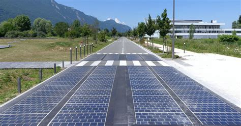Report: The World's First Solar Road is an Absolute Disaster