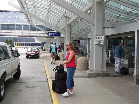 Saying Goodbye to Karen at the MSP Airport | The