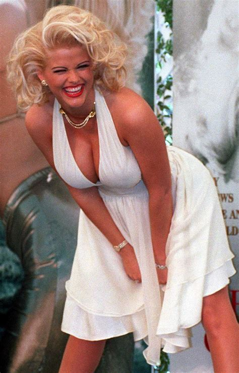 Former home of Anna Nicole Smith hits market for $2