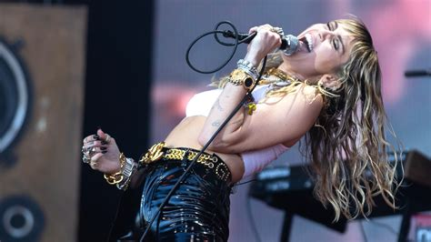 Miley Cyrus Covers Metallica, Nine Inch Nails at