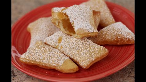 How To Make Sopaipillas - Mexican Pastry Dessert With