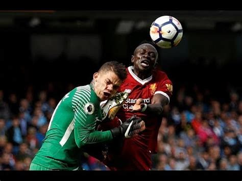 Sadio Mane handed straight red card for challenge on