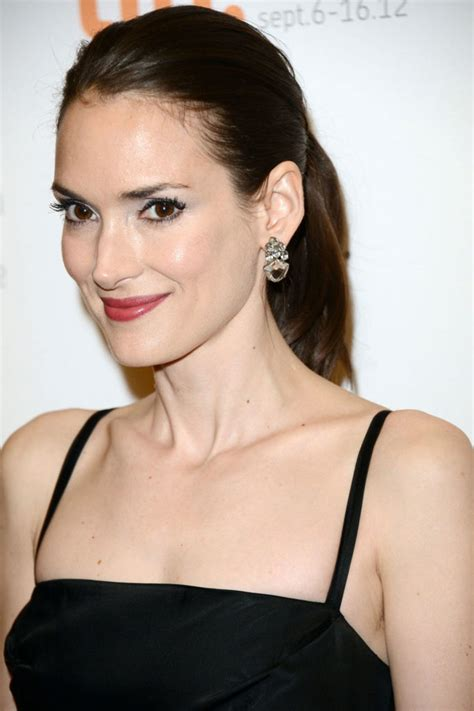 Winona Ryder Hot Topless Sexy Bikini Feet Pictures Young