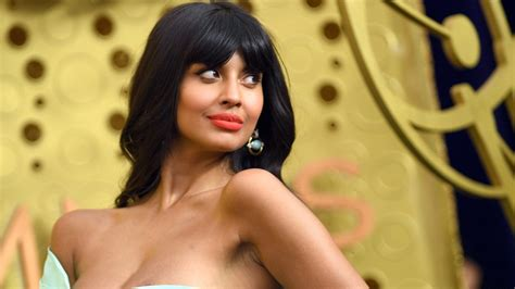 2019 Emmys: Jameela Jamil Is Marvelous in Mint on the Red