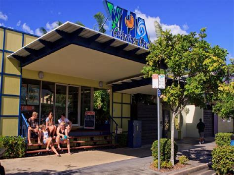 Best Price on Cairns Central YHA Hostel in Cairns + Reviews